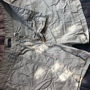 Pants - Plus size kacki shorts